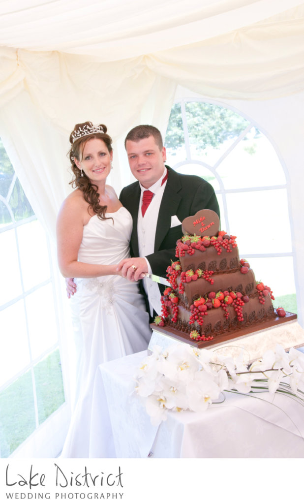 inn on the lake, cumbrian wedding cakes