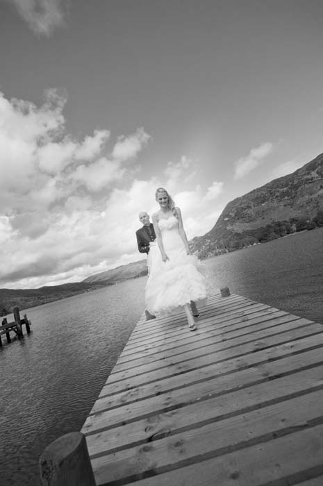 jetty image bride and groom