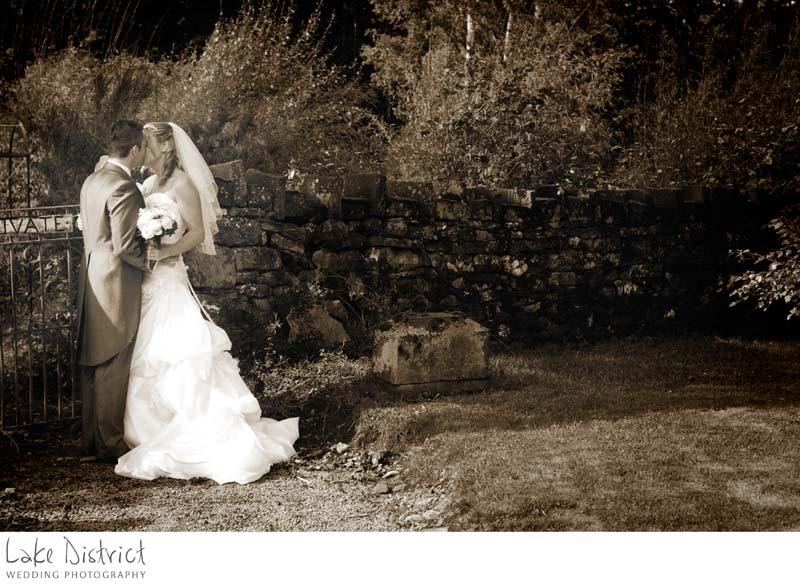 bride and groom inn on the lake