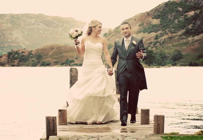 wedding photography at inn on the lake