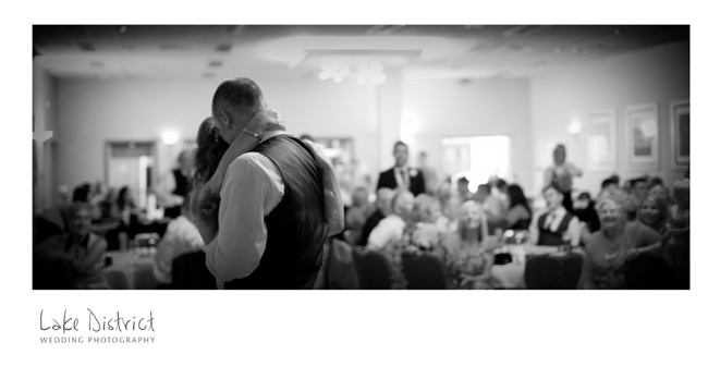 First dance to the beautiful Islands by the xx